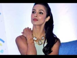 It looks like the split in Salman's 'Khan'daan is only widening with time. Now, Bollywood diva Malaika Arora has reportedly decided to remove 'Khan' as her l...