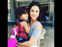 Cute Kid Dont want to leave Sunny Leone