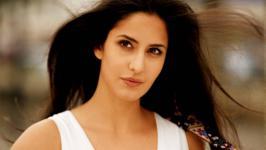 Katrina Kaif's most embarrassing moment is here!, Katrina Kaif , Shahrukh Khan , Jab Tak Hai Jaan , Anushka Sharma
