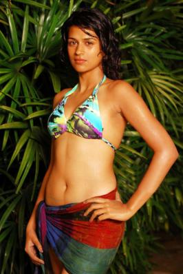 Shraddha Das Hot Photo gallery