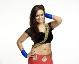 Sana Khan is a tamil and telugu actress.