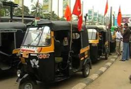 The strike by autorickshaw and taxi drivers has left hundreds of passengers stranded at railway stations and airports across Kerala.