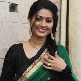 Sneha Is A Popular Tamil Actress,