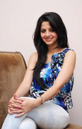 Vedhika Tamil Cinema News World Cinema News Cinema News Hindi Cinema News Movie Reviews Movie Previews Music Reviews Actor Galleries Actress Galleries Event Galleries Todayrunning.com