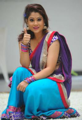 Shilpa Chakravarthy is a Telugu tv serial actress. Check out some cute photoshoot of her in saree