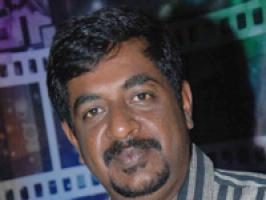 The highly acclaimed director of Kannada cinema finding new thoughts always flowing in him has accepted to apply makeup for a Jailor role in the film of his \'Shishya\' Gadda Vijay film. The film has started shooting  and Yogaraj Bhat portion shoot begins soon.  On the happy occasion of \'Drama\' making wonderful collection in the box office and the first week seeing over flow to the investment and his bank balance also increasingly rapidly from it Yogaraj Bhat stated that he is donning the role of a jailor in an untitled film of his assistant debut direction. I will be playing a natural role and it will not be like the cinematic way.