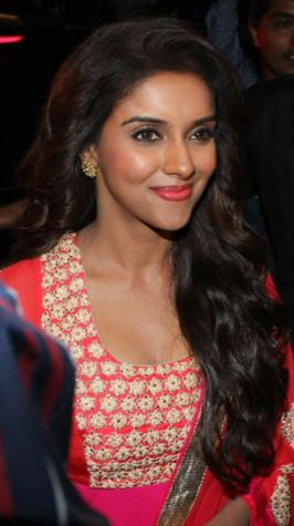 Asin Is A Bollywood,Tollywood, And Kollywood Actress.