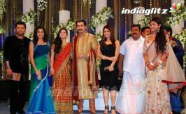 Tamil movies Tamil trailers ringtones songs Tamil film gallery wallpapers previews reviews