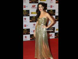 Katrina Kaif, Kareena Kapoor, Priyanka Chopra, Deepika Padukone who is the best dressed and worst dressed at Big Star Entertainment awards. See pictures.