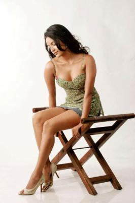 Kollywood Actress Priya Anand New Stills.