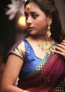 Suza is an upcoming Tamil Movie Actress and Chennai Based Model.