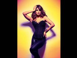 Lets take a look at the hot photoshoot of Priyanka Chopra for Harper\'s Bazaar 2013. Even at gq photoshoot last year, Priyanka Chopra looked sultry.