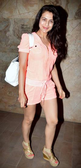 Hrithik Roshan Chitrangda Singh and Arjun Rampal A screening of Inkaar was held last night for several close friends of the cast and crew. Along with