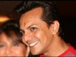 Bigg Boss 6 contestant Imam Siddiqui challenged Shahrukh Khan saying that he is a better dancer than him.
