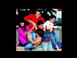 Salman Khan considers his nephews, niece as his own children. Have a look at rare, unseen pictures of Salman, his nephews and niece.