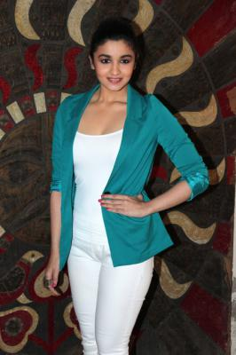 Alia Bhatt at Stardust Awards 2013 Press meet.