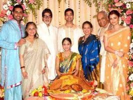 Aishwarya Rai Bachchan, Priyanka Chopra, Salman Khan, Shahrukh Khan, Katrina Kaif, John Abraham, Hrithik Roshan – See pictures of stars with families.