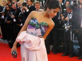 Slumdog Millionaire star Freida Pinto will host a special pre Oscar party where she will promote the issue of girl child education.