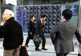 Asian shares edged down on Friday, with sentiment burdened by worries over the economic fallout from Italy\'s political stalemate, the likelihood of US \
