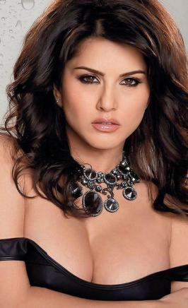 New Delhi: The girl who seduced many young hearts in India is back in the country during the Jism 2 \'promotions. Meet hot bold and known as \'Ithna\' Sunny Leone, which has left the masses waiting anxiously to his capture in \