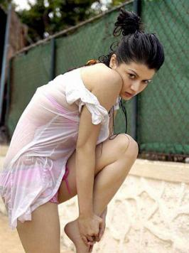 Kainaat Arora Hot Wet Photos