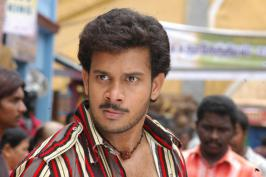 Watch the official trailer of upcoming tamil movie Killadi starer Bharath and Meera Chopra.