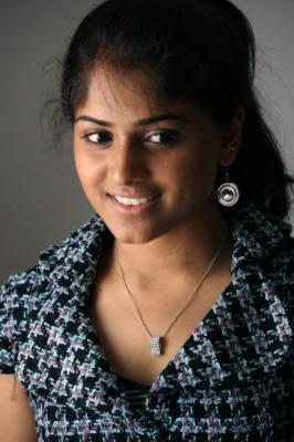 View Mirthika Stills,Mirthika Latest Pictures,Tamil Mirthika Image Gallery,Tamil  Mirthika Photos