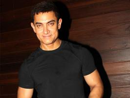 Aamir Khan recently celebrated his twenty five years in Bollywood by holding a special party for his close friends and family.