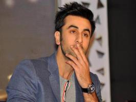 Mumbai: Bollywood actor Ranbir Kapoor, whose name has been linked with many b-town actress , says that  he is a loner and prefers to travel alone. &qu...