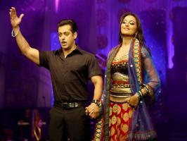Mumbai: Salman Khan became a superstar with his first super-hit film Maine Pyar Kiya, which directed by Sooraj Barjatya and once again filmmaker Soora...