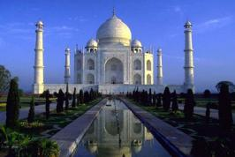 Find Top 10 Tourist destinations in India.You can find good place in India.Every one must spends holidays in India.Indian Trip is to exited for everyone.