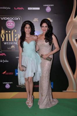 Bolly Celebs Photos At IIFA Awards 2013, IIFA Awards 2013 , IIFA Awards 2013 Photos