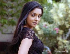 Asin – Bollywood Celebrity Pictures