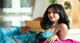 Priya Anand who is now to seen in two tamil films titled 'Vai Raja Vai' and 'vanakkam chennai' and more at  movies.infoonlinepages.com