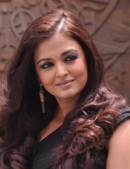 Aishwarya Rai Latest Awesome Pics