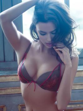 Irina Shayk La Clover Lingerie Oct 2013 Hot Photoshoot Stills