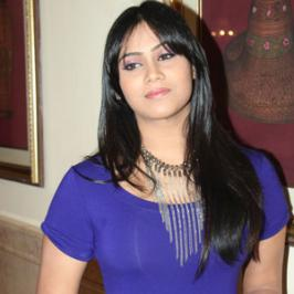 Thulasi Nair, the younger daughter of veteran actress Radha and sister of South Indian diva Karthika Nair was born on 25th October in 1997 and turns 16 today.