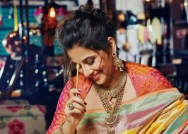 Vidya Balan Hot Hi BLITZ Magazine Stills, Actress Vidya Balan Latest Hot Saree Photos, Hindi Actress Vidhya Balan  New Photoshoot Pictures Gallery