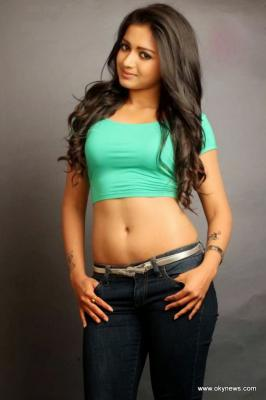 Catherine Tresa Hot Navel Show Photo Collection