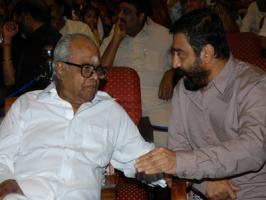 Legendary filmmaker K. Balachander will essay an important role in Kamal Haasan-starrer Tamil comedy
