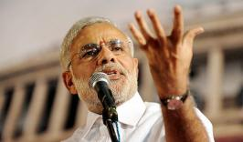 Narendra Modi says Sonia Gandhi saved Rahul by not naming him PM candidate