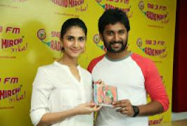Aaha Kalyanam team hungama @ Radio Mirchi Photos, Nani, Vaani Kapoor promoted Aaha Kalyanam movie releasing on Feb 14th