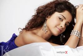 Actress Piaa Bajpai latest photo shoot. Check out the exclusive stills