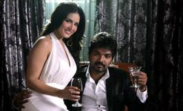 Kulfi song teaser: Sizzling Sunny Leone sets hearts racing! - The Ragini MMS 2 babe impresses everyone with her scintillating moves and hypnotising screen presence in her debut song in Tollywood After …