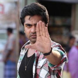 The sharp and crisp Vaalu theatrical trailer that was released yesterday [July 18] with Dhanush's Velai Illa Pattathari, has acquired two and a half lakh views within one day.