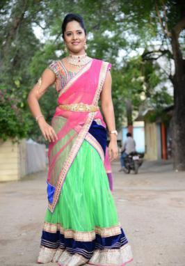 Anchor Anasuya at Maa Mahalakshmi Opening, Anchor Anasuya New Saree Stills, Anchor Anasuya Latest Gallery