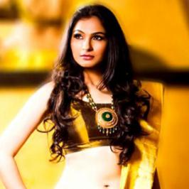 Singer cum actress Andrea Jeremiah is all set to pair opposite STR yet again. The duo who have earlier worked together in 'Inga Enna Solluthu' will once again pair up for Simbu's Idhu Namma Aalu. Simbu, Nayantara starrer Idhu Namma Aalu is being directed by Pandiraj. Idhu Namma Aalu last schedule i