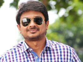 Udhayanidhi Stalin is in signing spree. The renowned producer who is enjoying hat-trick success of his heroic ventures has signed one more film titled 'Gethu'.