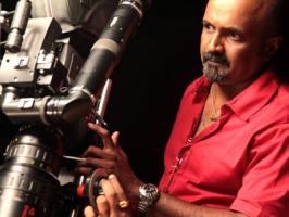 Renowned cinematographer Ravi K. Chandran, who is making his directorial debut with forthcoming Tamil film