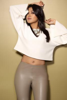 Catherine Tresa Stills, Actress Catherine Tresa Photos, Catherine Tresa Latest Photos, Catherine Tresa Hot Photoshoot Pics Gallery
